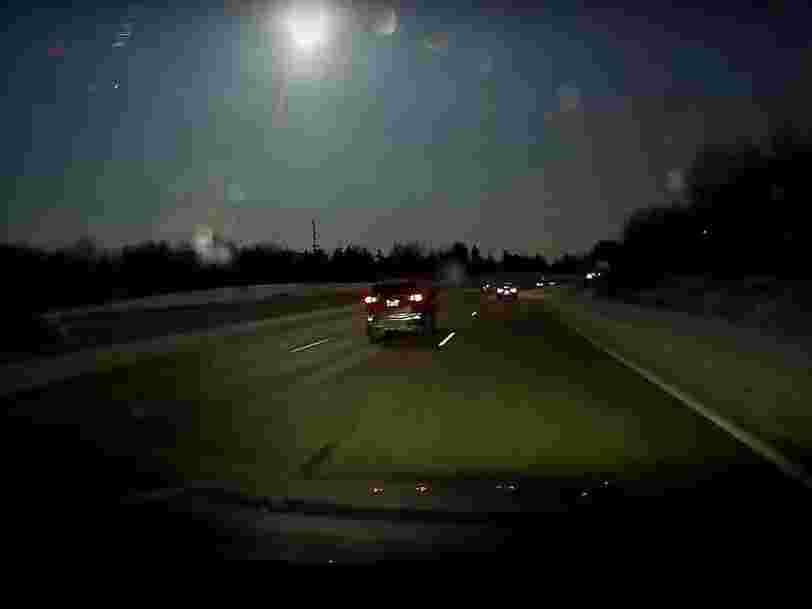 Video shows a meteorite exploding in the sky near Detroit with the force of a 2.0 earthquake
