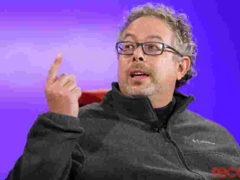 Magic Leap is turning to a major health care company to save its future, potentially raising as much as $100 million