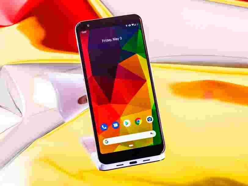 Google slashed the price of its premium flagship Pixel 3 smartphones down to $500, but I'd still recommend you buy the $400 mid-range Pixel 3a instead