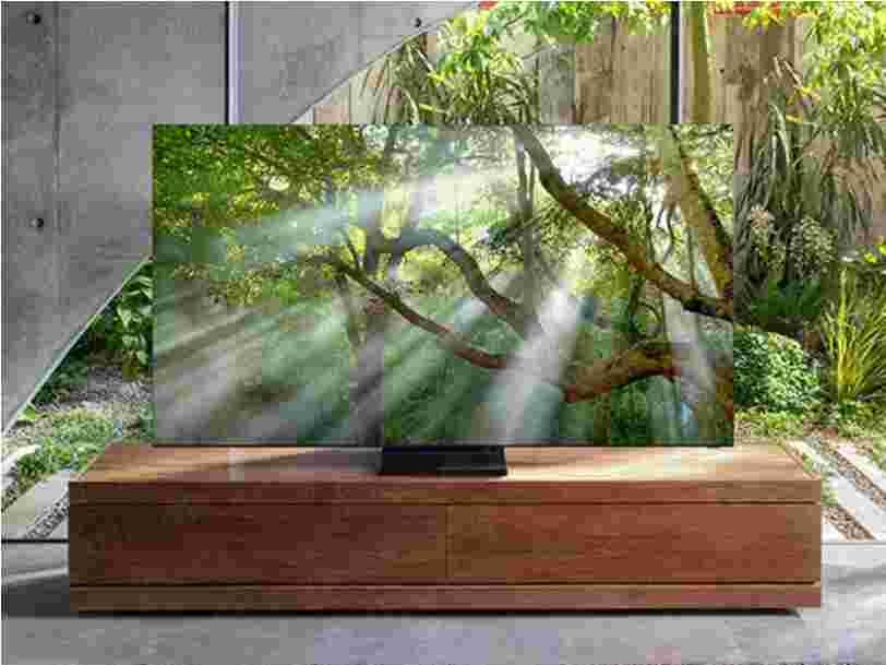 We may have just gotten our first look at Samsung's nearly all-screen TV