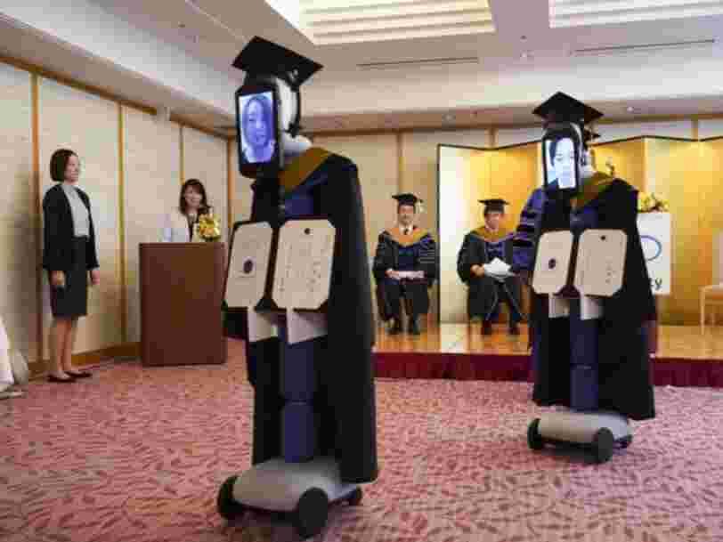 Les universités et les étudiants célèbrent la promotion de 2020 au milieu de la pandémie de coronavirus avec des robots, 'Minecraft' et 'Animal Crossing'