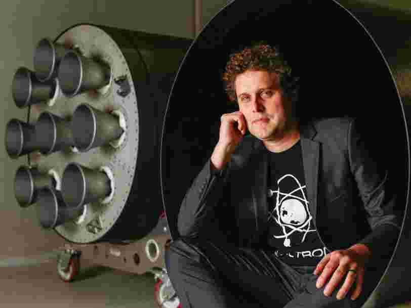 Elon Musk and other competitors rushed to support Rocket Lab after the startup's founder apologized for losing 7 satellites in a launch failure