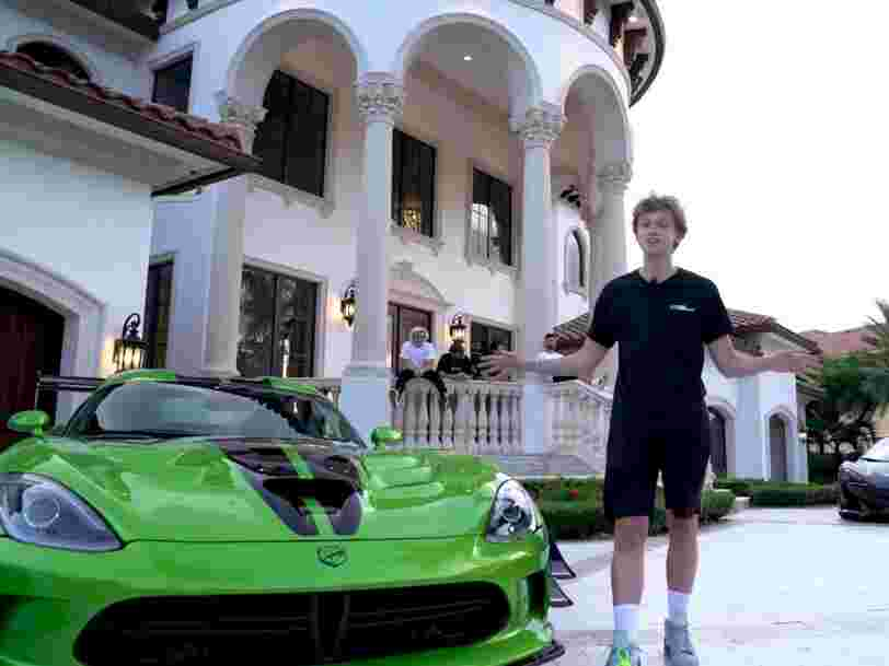 Six professional 'Fortnite' streamers on YouTube gave a tour of the multimillion dollar mansion they bought together — see inside