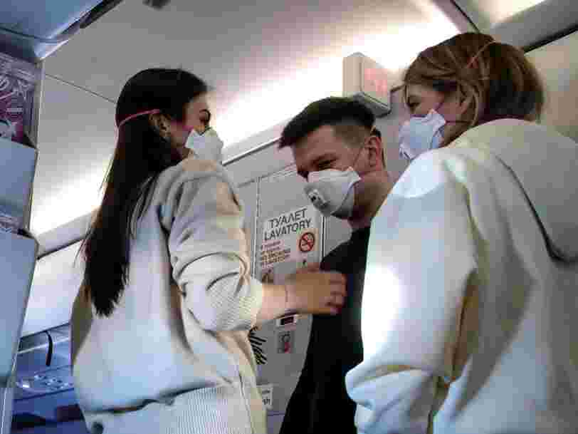 US airlines are banning vented masks, which the CDC says don't stop COVID-19