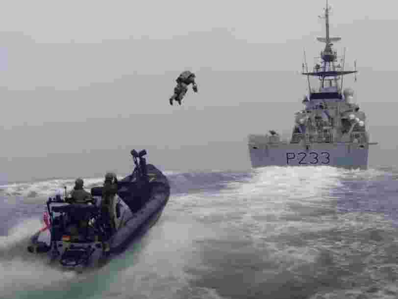 VIDEO: British Royal Marines explore possibility of storming a ship at sea with jet packs
