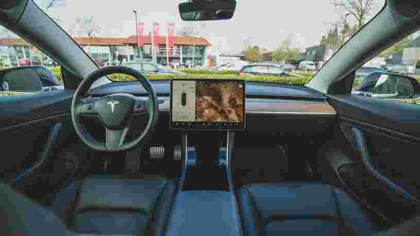 Tesla doit rappeler 158 000 voitures aux États-Unis pour un défaut lié à la sécurité