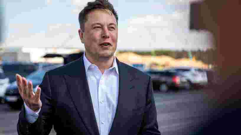 Elon Musk dit écrire un livre sur Tesla, SpaceX et les leçons qu'il a tirées de sa carrière
