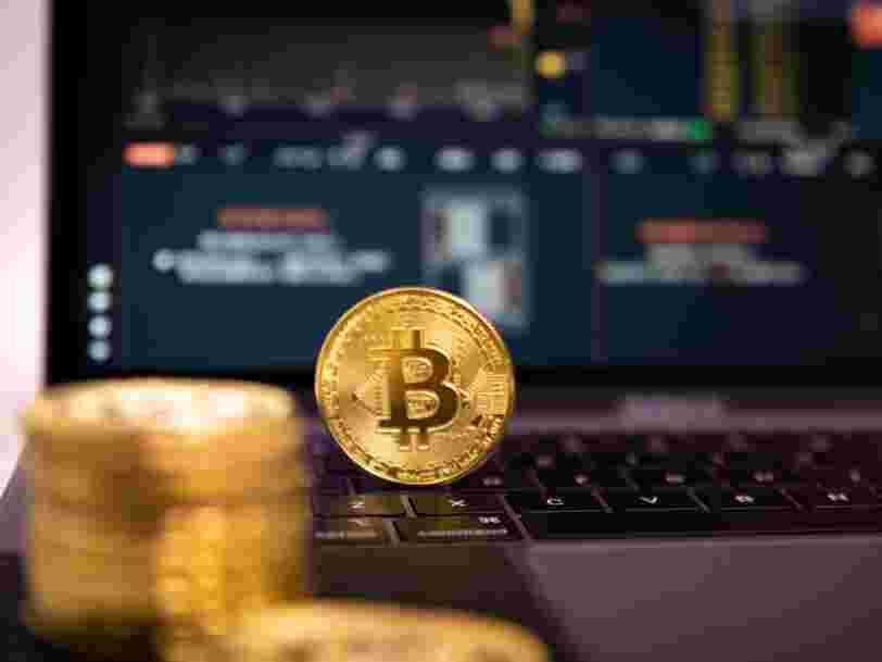 Le bitcoin franchit les 50 000 dollars, un nouveau record