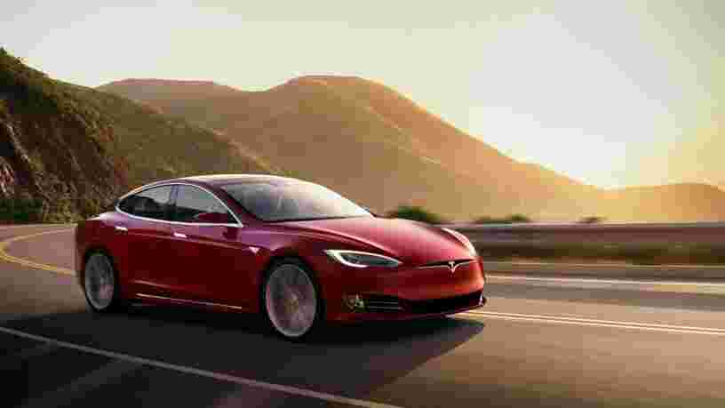 Tesla Model S, Audi A8... Les 10 voitures de luxe les plus recherchées sur Internet