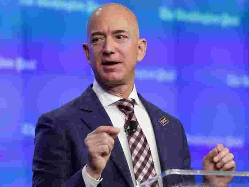 Voici 14 faits peu connus sur les débuts d'Amazon, qui ne devait pas s'appeler comme ça