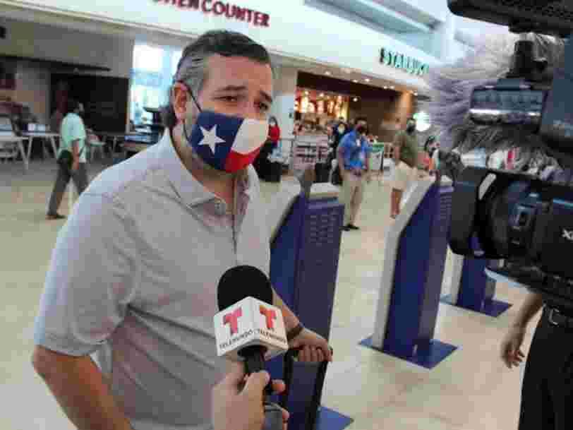 Le sénateur du Texas Ted Cruz s'excuse d'être parti à Cancun en pleine tempête