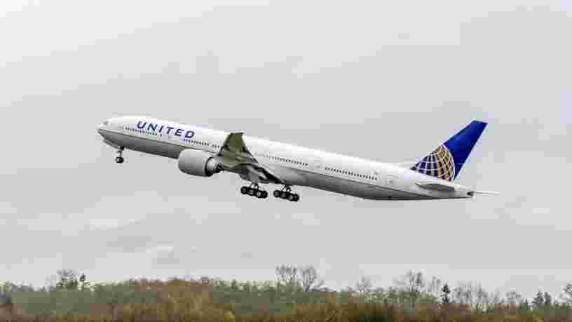 Boeing demande l'immobilisation de certains 777 suite à un incendie de moteur