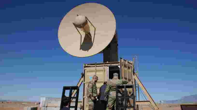 L'armée américaine teste une arme à micro-ondes pour contrer la menace des drones sur ses bases