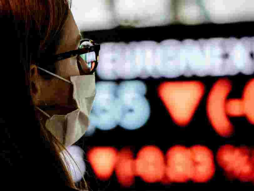 Le CAC 40 franchit les 6 000 points un an après le début de la crise et l'effondrement de la Bourse