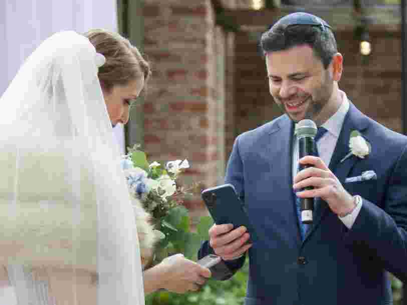 Deux employés de Coinbase se sont mariés en échangeant des NFT