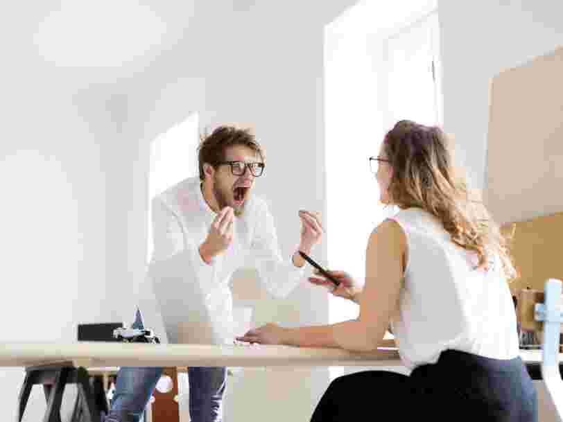 Les conseils d'un ancien négociateur du RAID pour gérer l'agressivité et le stress au travail