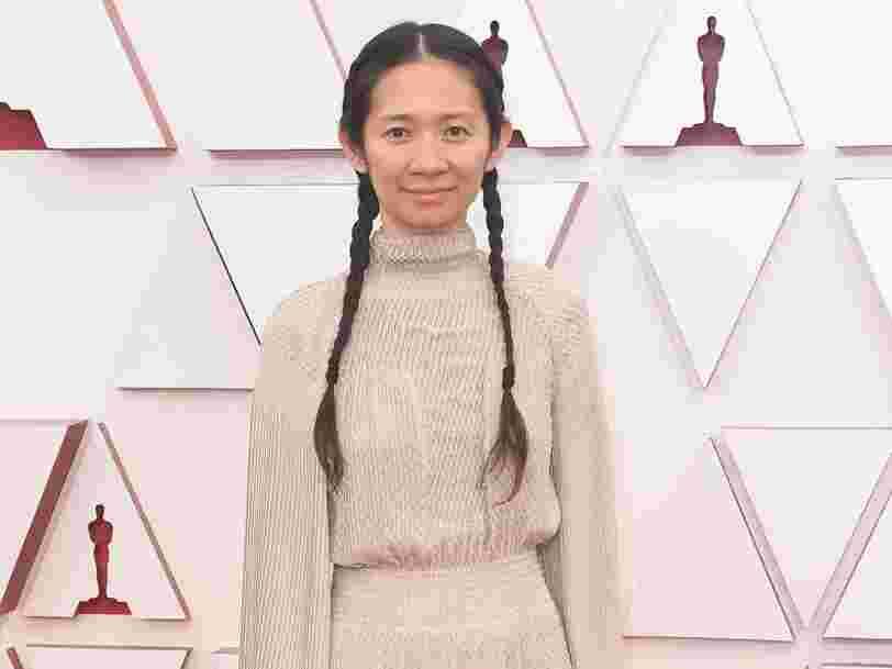 Chloé Zhao devient seulement la deuxième réalisatrice récompensée aux Oscars en 93 ans
