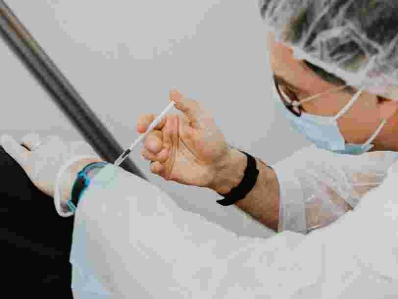 BioNTech va demander l'autorisation d'administrer le vaccin contre le Covid-19 aux 12-15 ans en Europe