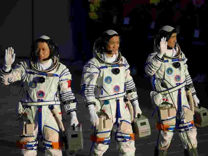Pour Xi Jinping, les astronautes chinois dans l'espace ouvrent 'de nouveaux horizons'