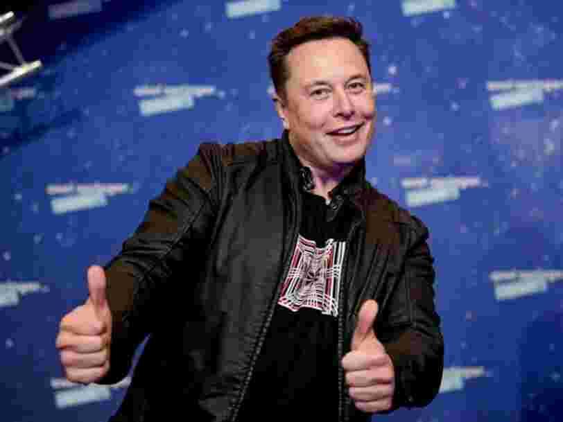 Selon Elon Musk, le vaisseau de SpaceX pourrait 'broyer' des débris spatiaux sur la route vers Mars