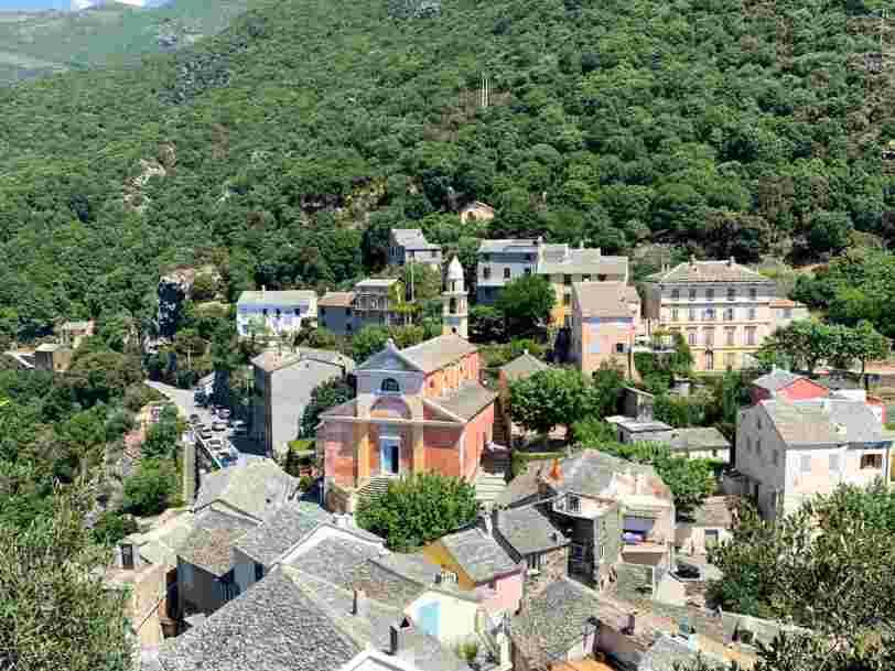 Vacances d'été en France : les 10 plus beaux villages de Corse à découvrir