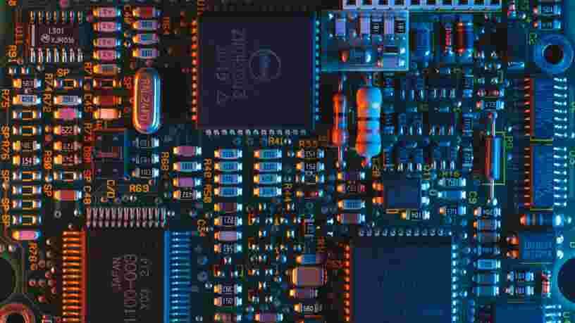 La pénurie de semi-conducteurs pourrait se prolonger jusqu'en 2023, selon Intel