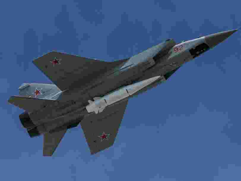 La Russie développe un nouveau missile hypersonique pour son armée de l'air