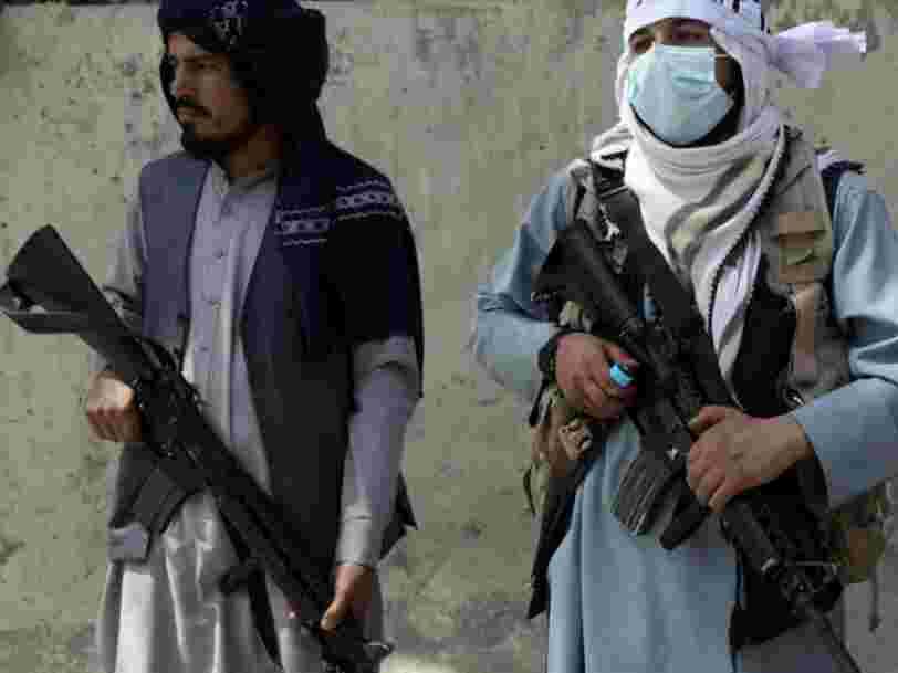 Les Afghans s'empressent d'effacer leur passé en ligne alors que les talibans ont pris le pouvoir