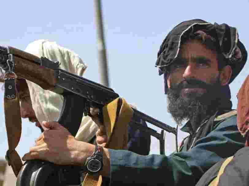 Afghanistan : Facebook interdit tout contenu apportant son soutien aux talibans