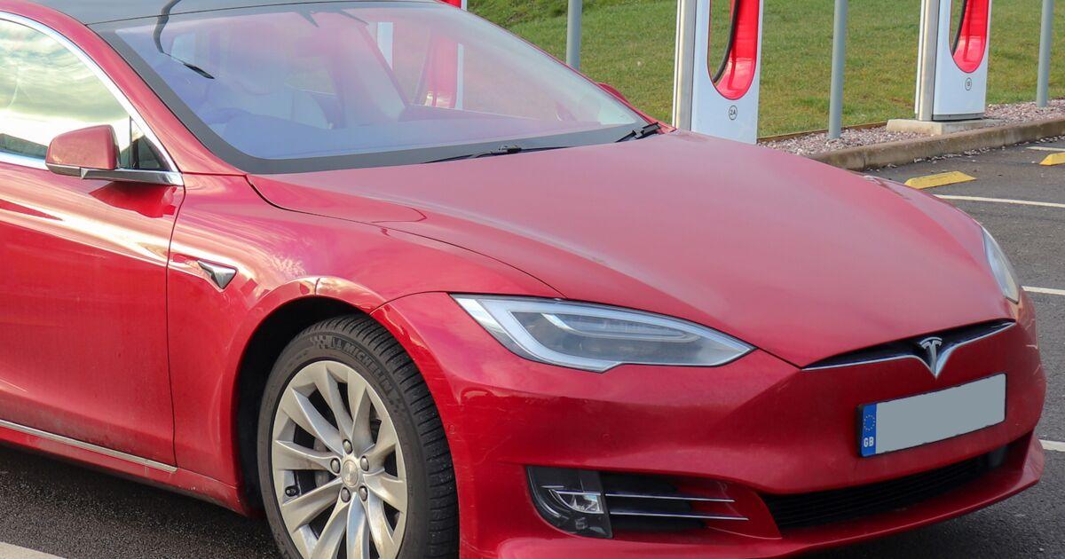 Tesla rejoint le club très fermé des entreprises qui valent plus de 1 000 Mds$ en Bourse