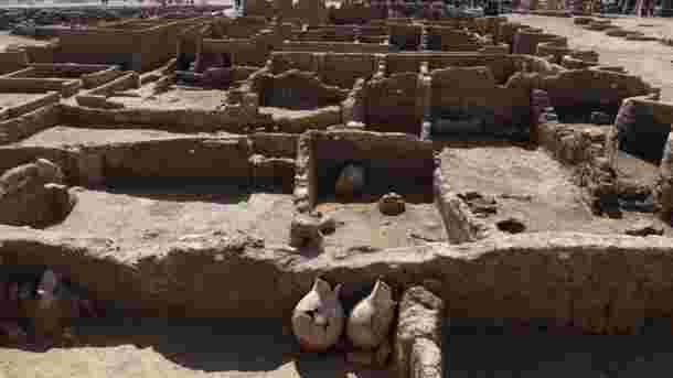 Une cité perdue vieille de 3000 ans mise au jour en Egypte