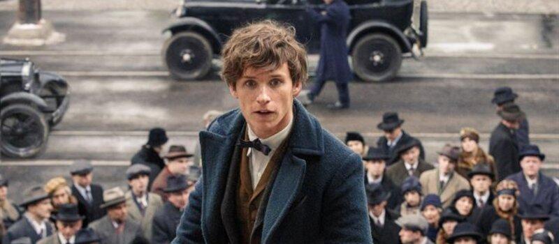 Après la saga d'Harry Potter, un nouveau film adapté d'un roman de J.K. Rowling est sorti au cinéma ce mois-ci, comment s'appelle-t-il ?