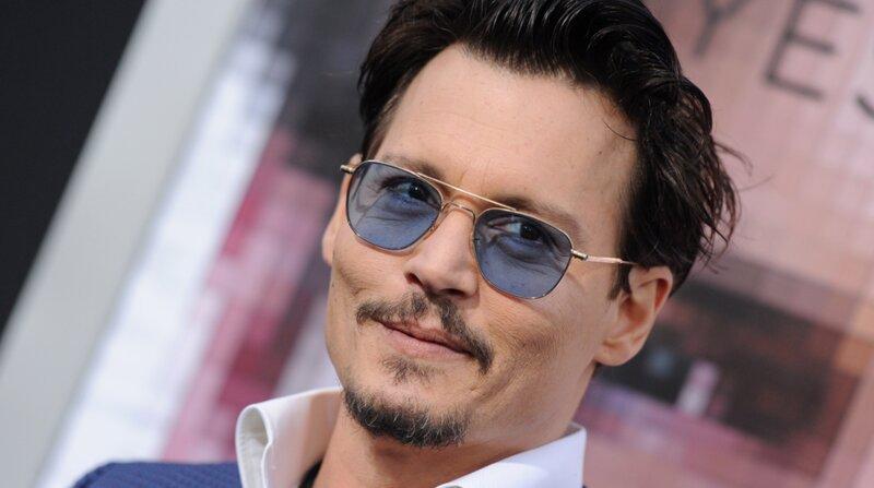 Johnny Depp est sorti avec…