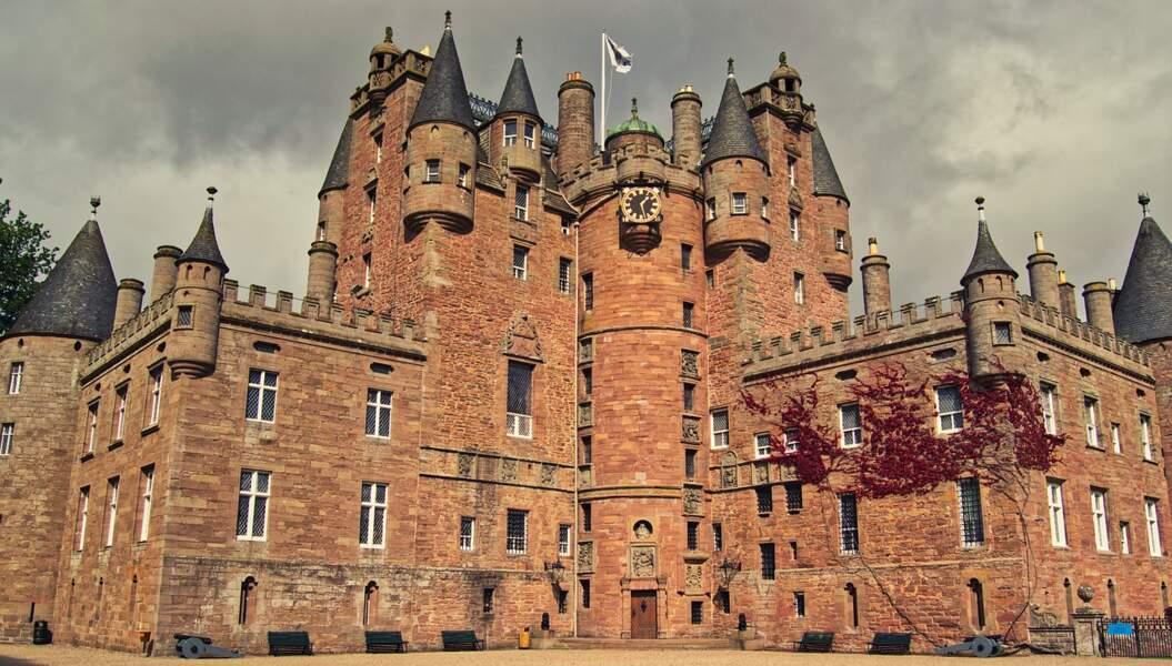 Le Glamis Castle