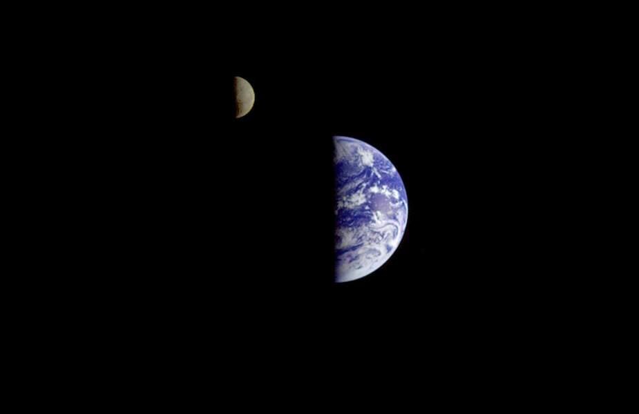 7. La Terre vue par Galileo