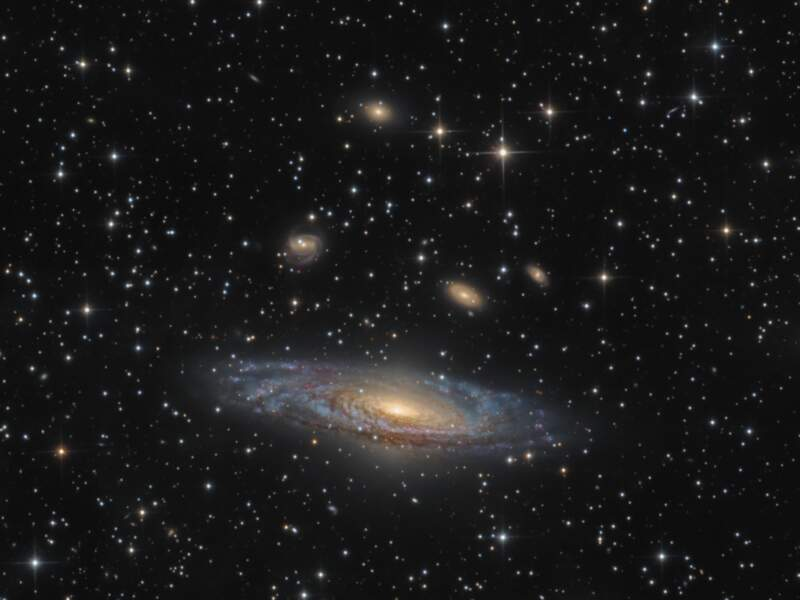 La galaxie spirale NGC 7331