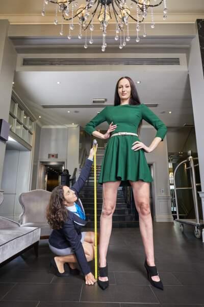 La femme aux plus longues jambes