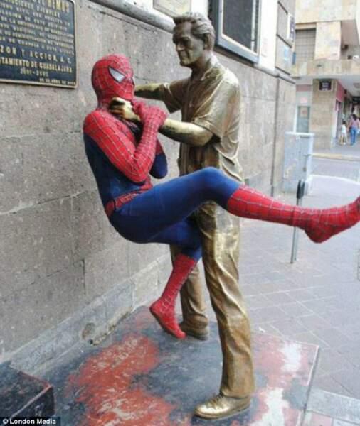 Spiderman humilié
