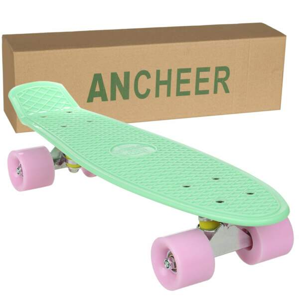 Un mini skateboard