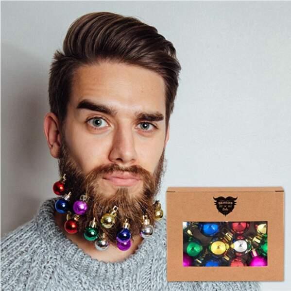Des boules pour décorer la barbe