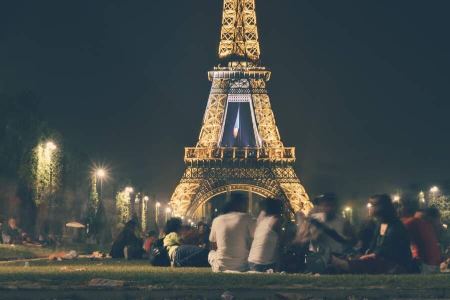 Il est interdit de diffuser des photos de la tour Eiffel (de nuit)