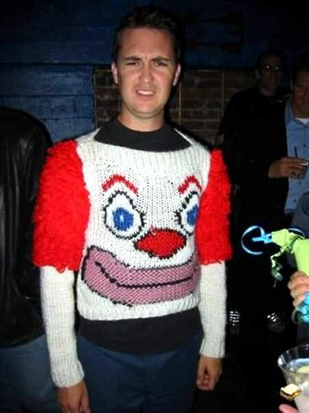 Il n'est pas juste moche ce pull, il fait peur...