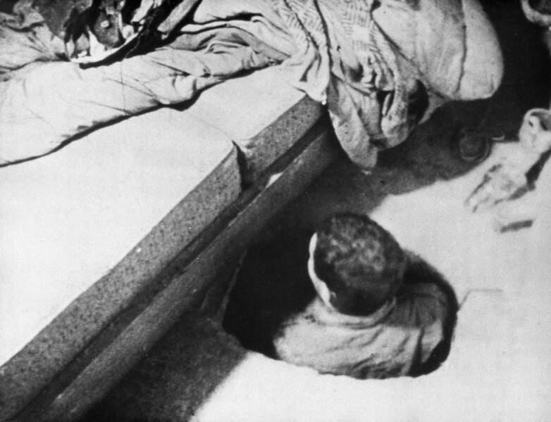 4 octobre 1964 : un tunnel réunit deux amants