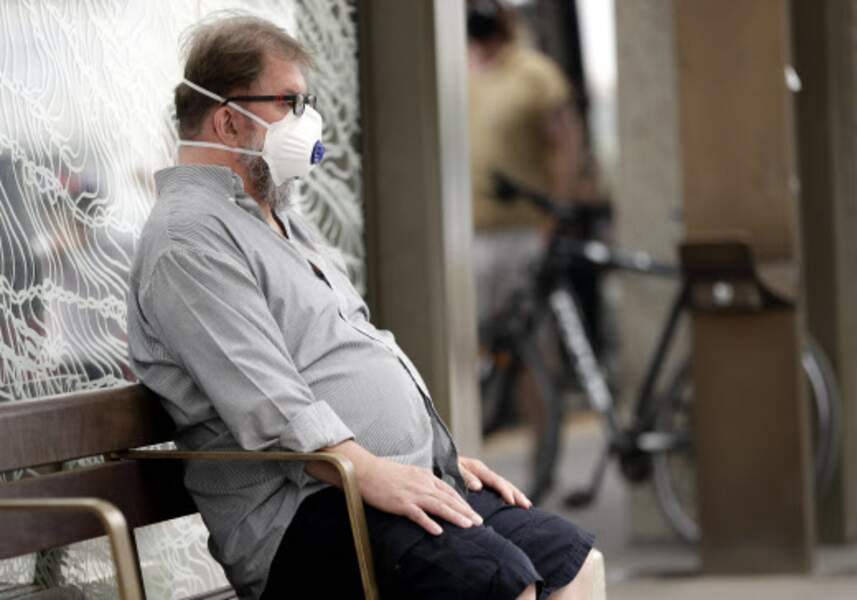 A Canberra, les habitants s'équipent de masques.