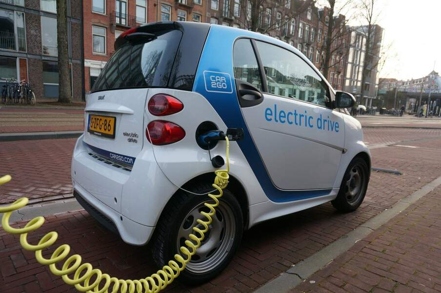 Un véhicule électrique en autopartage