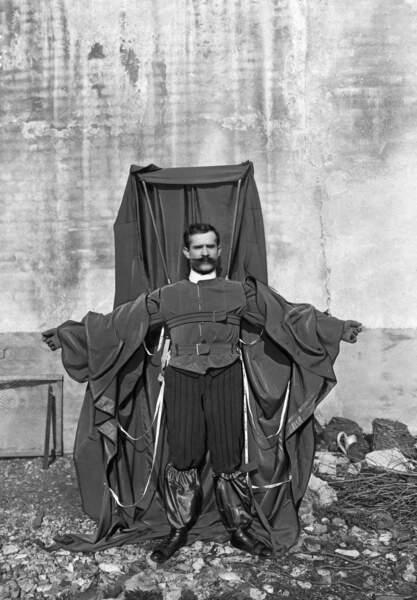 1912 : la chauve-souris de Franz Reichelt