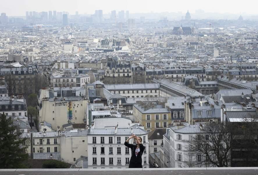 Vue aérienne, Paris, le 18 mars 2020, deuxième jour du confinement