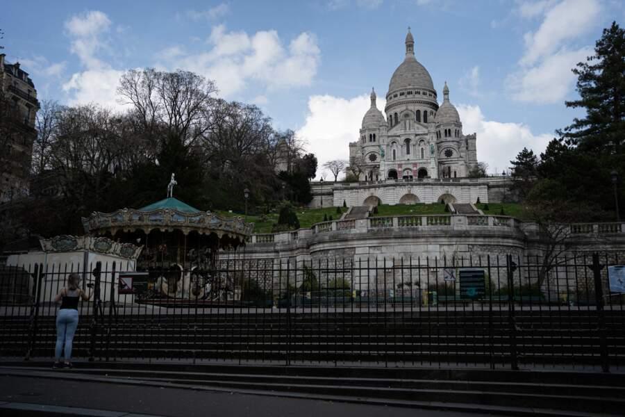 La basilique du Sacré-Cœur, Paris, le 18 mars 2020, deuxième jour du confinement