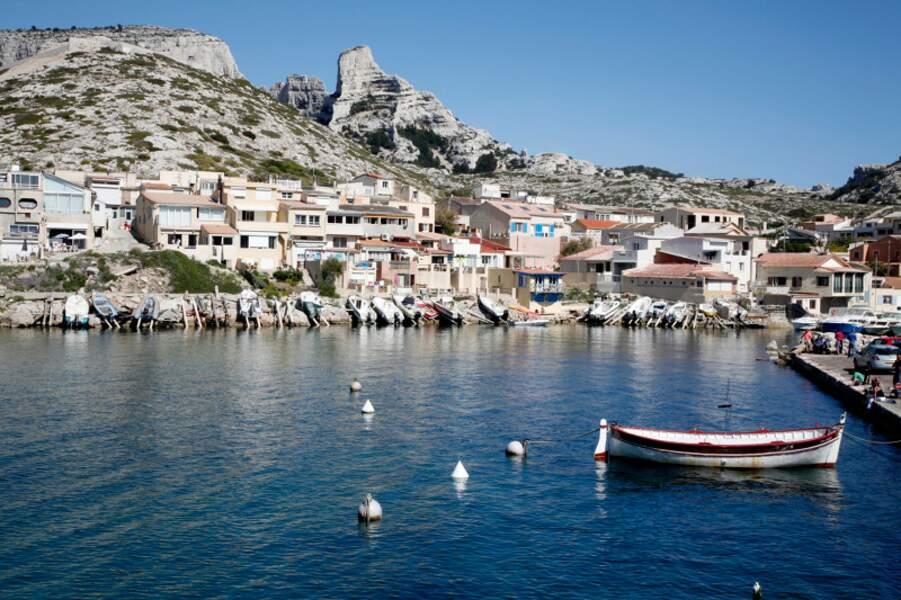 Le quartier des Goudes, un village de pécheurs à l'entrée des calanques de Marseille, Bouches-du-Rhône