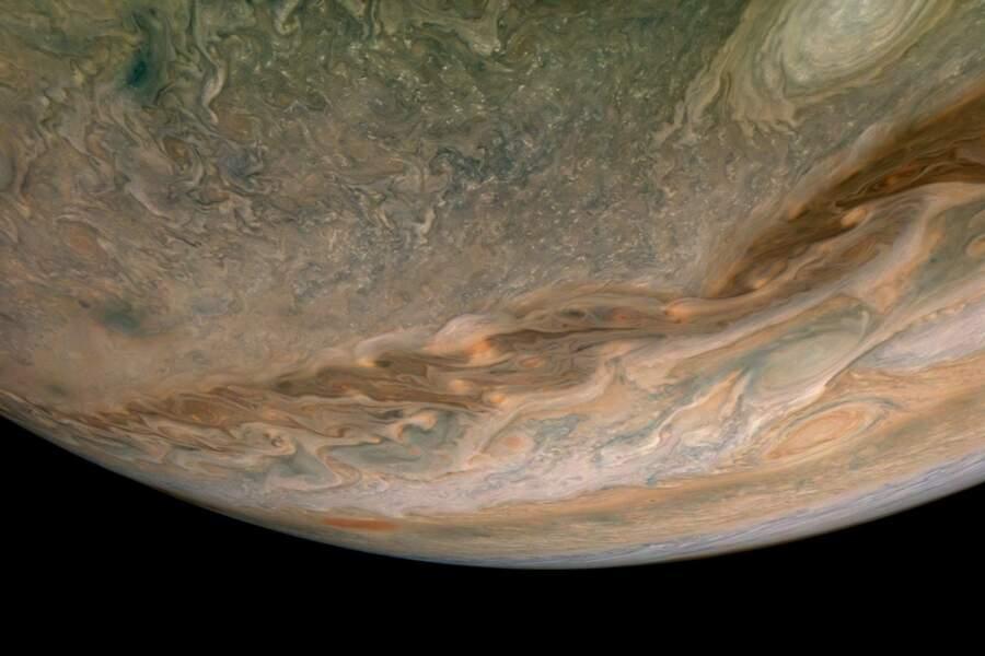 La planète Jupiter sous toutes ses formes